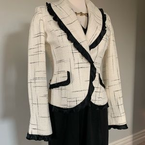 Like NEW cream & black tweed jacket blazer
